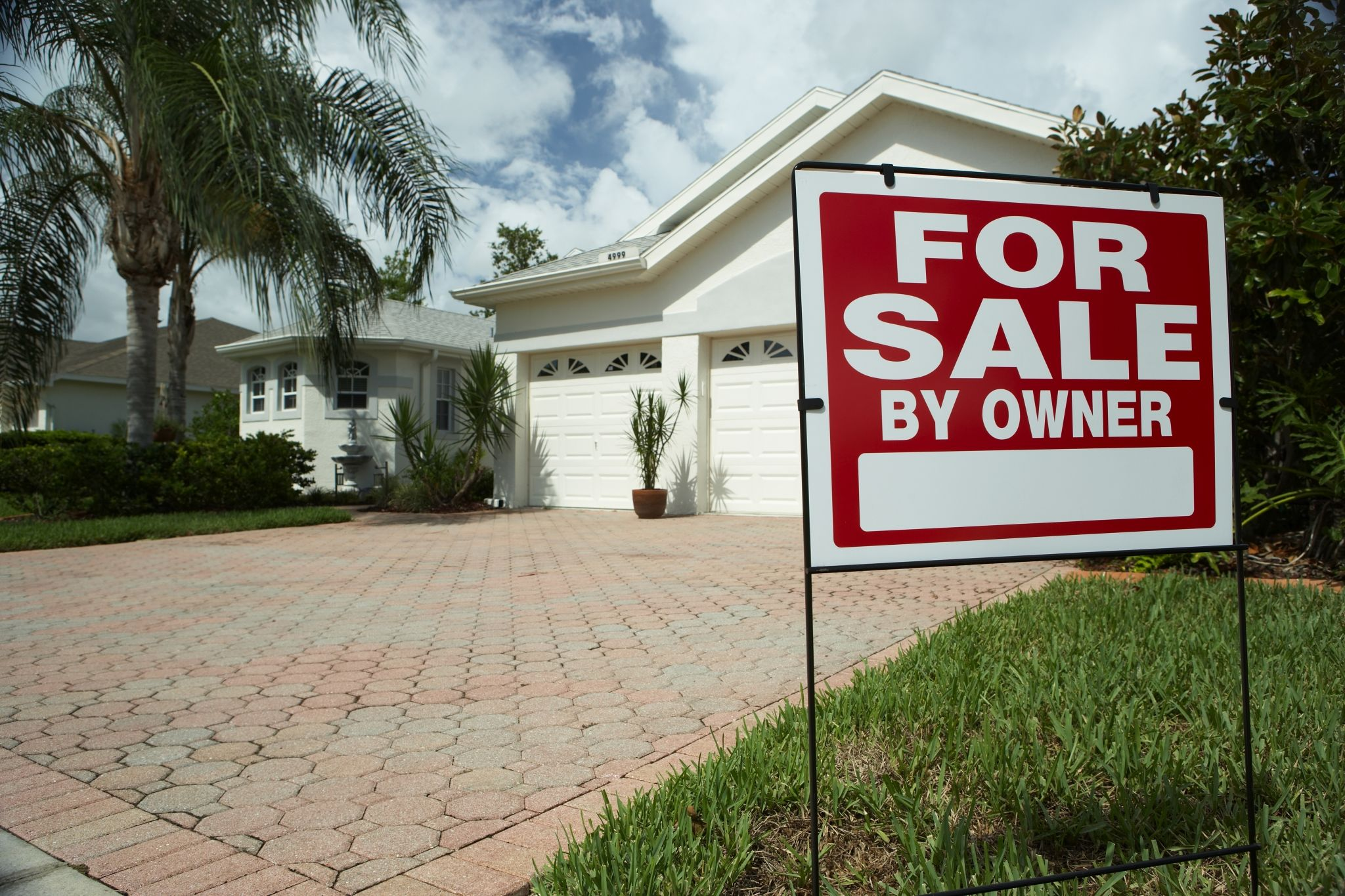 How to Find the Right Real Estate Agent in California to Sell Your Home